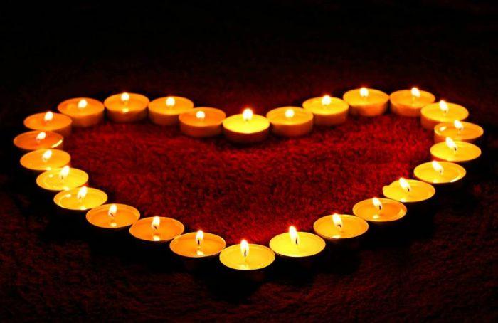 52128-romantikus-gyertyak